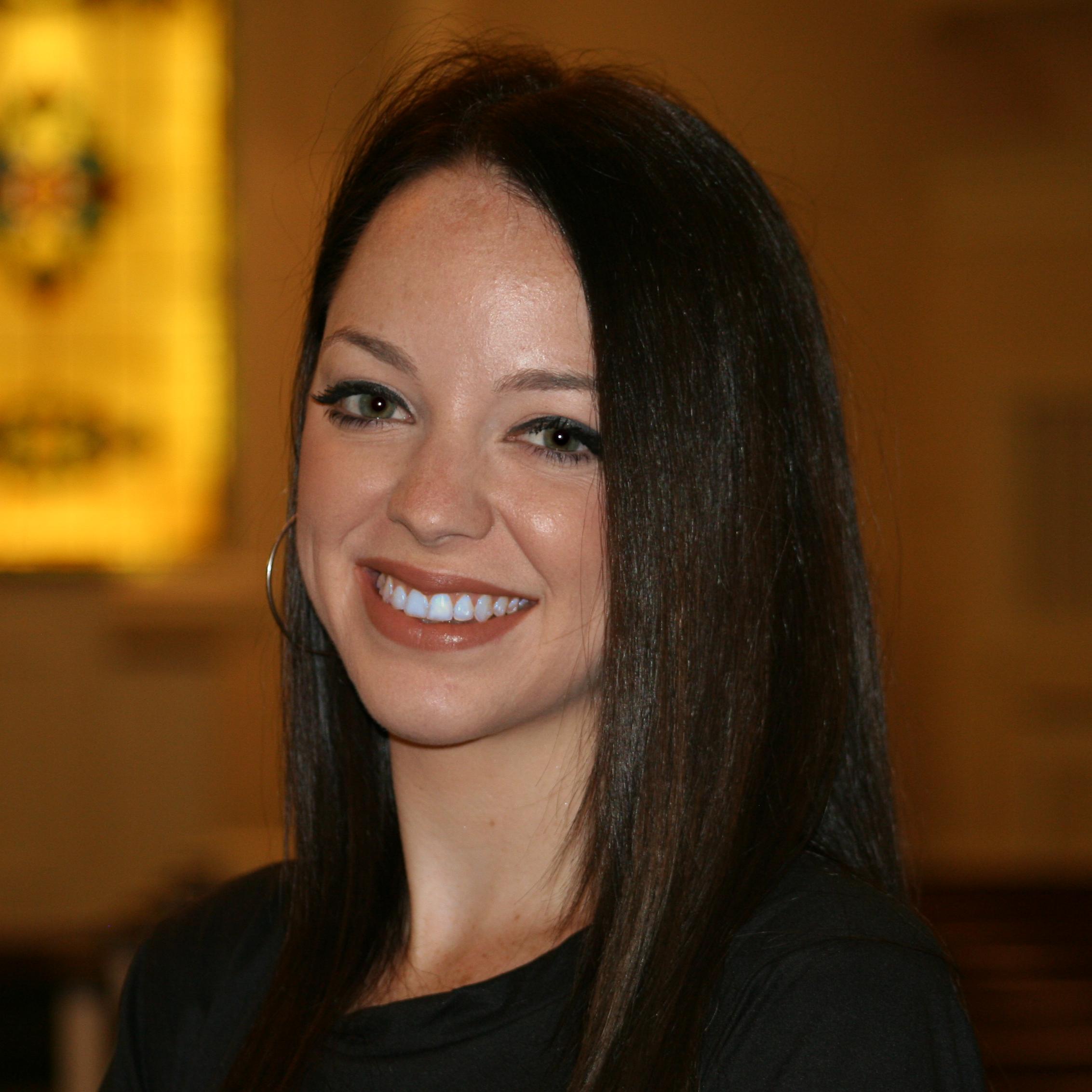 Taylor Dixon : Administrative Assistant